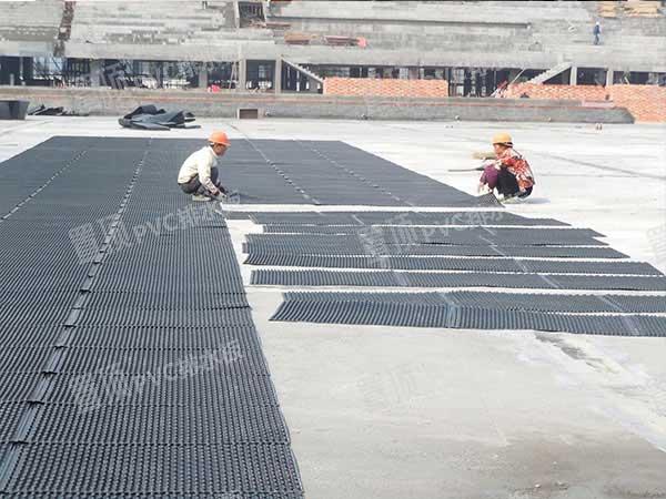 置顶PVC排水板操作要点