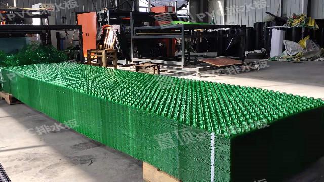 绿色排水板在虹吸排水收集系统中的应用